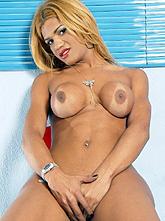 Carla Bruna 01
