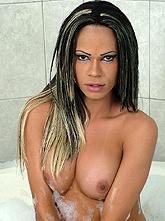 Ericka Montelli 02