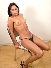 Jennifer Cortez 02